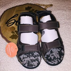 Sonoma Straw Sandals Dark Brown Boy's Size 12